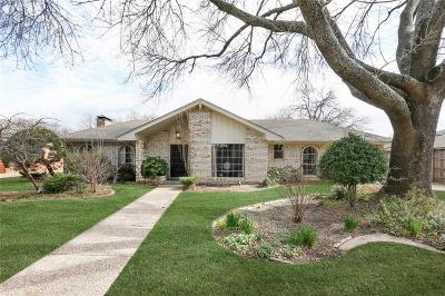 Carrollton Single Family Home For Sale: 2802 S Surrey Drive