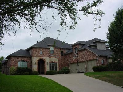 Grand Prairie Single Family Home For Sale: 812 Bentwater Parkway