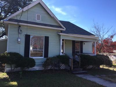 Azle Single Family Home Active Option Contract: 216 Marquette Avenue
