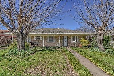 Grand Prairie Single Family Home Active Option Contract: 925 SE 4th Street