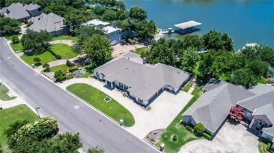 Fort Worth Single Family Home For Sale: 8421 Crosswind Drive