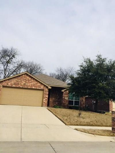 Azle Residential Lease For Lease: 648 Clearbrook Street