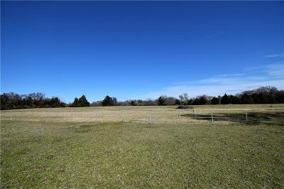 Dallas County Farm & Ranch For Sale: 2304 E Wintergreen Road #East