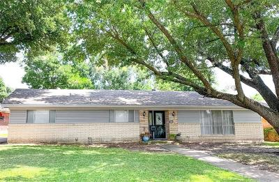 Sherman Single Family Home For Sale: 1612 W Shields Drive