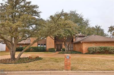 Abilene Single Family Home For Sale: 16 Fairway Oaks Boulevard