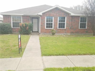 Lancaster Single Family Home For Sale: 2934 Marsh Drive
