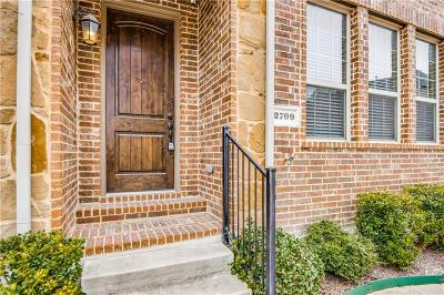 Denton County Townhouse For Sale: 2709 Troutt Drive