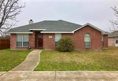 Rowlett Single Family Home For Sale: 7209 Airline Drive