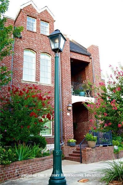 Tarrant County Townhouse For Sale: 3 Leonard Trail