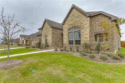 Waxahachie Single Family Home For Sale: 130 Water Garden Drive