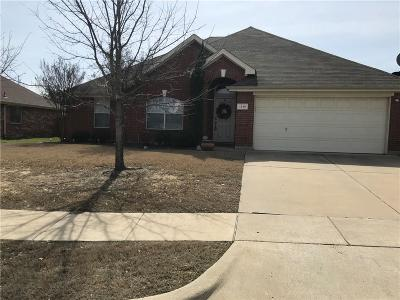 Grand Prairie Single Family Home For Sale: 1319 Fleetwood Cove Drive