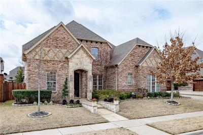 North Richland Hills Single Family Home Active Kick Out: 8108 Oak Knoll Drive