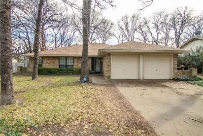 Azle Single Family Home For Sale: 1120 Lake Ridge Drive