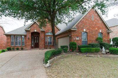 Euless Single Family Home For Sale: 2405 Brown Bear Way