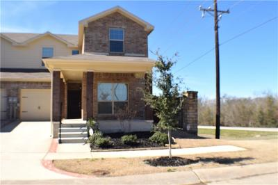 Mesquite Townhouse For Sale: 3501 Woodshire Avenue