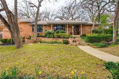 Euless Single Family Home For Sale: 1208 Pebble Creek Drive
