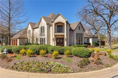 Tarrant County Single Family Home For Sale: 2124 Bay Club Drive