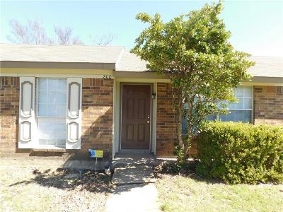 Garland Single Family Home For Sale: 2310 High Star Drive