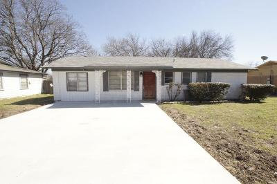 Single Family Home For Sale: 4204 Haltom Road