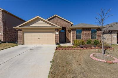 Azle Single Family Home For Sale: 616 River Rock Drive