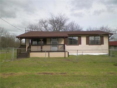 Wills Point Single Family Home For Sale: 401 S 3rd Street