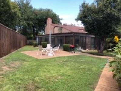 Farmers Branch Townhouse For Sale: 3461 Courtyard Circle