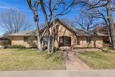 Arlington Single Family Home For Sale: 6707 Shorewood Drive