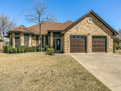 North Richland Hills Single Family Home For Sale: 7028 Live Oak Drive