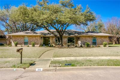 Richardson Single Family Home Active Option Contract: 2513 Little Creek Drive