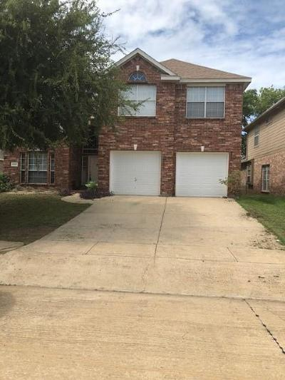 Grand Prairie Single Family Home For Sale: 4543 Westchester Glen Drive