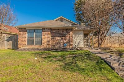 Fort Worth Single Family Home For Sale: 4713 Wineberry Drive