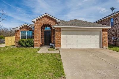 Arlington Single Family Home For Sale: 6711 Waterlilly Drive