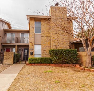 Hurst, Euless, Bedford Townhouse For Sale: 802 Shady Creek Lane