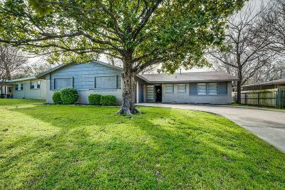 Fort Worth Single Family Home For Sale: 5509 Winifred Drive