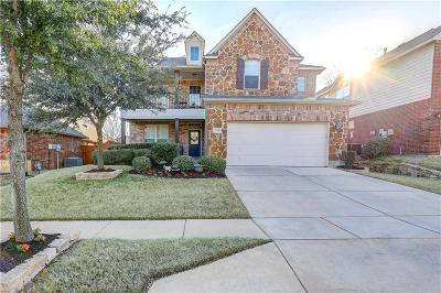 Fort Worth Single Family Home For Sale: 9057 McFarland Way