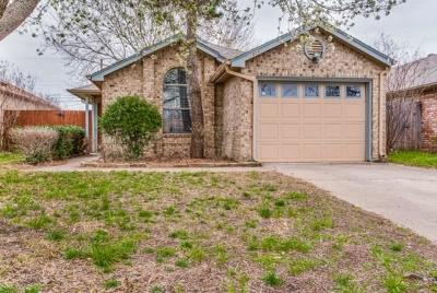 Irving Single Family Home Active Option Contract: 2804 Game Lake Drive