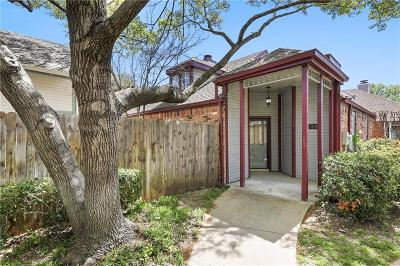 Single Family Home Active Contingent: 3106 Royal Gable Drive