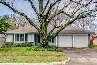 Richardson Single Family Home Active Option Contract: 1621 Nantucket Drive