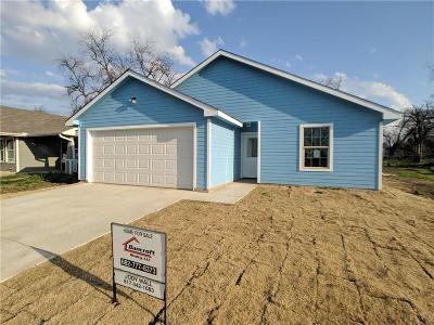 Fort Worth Single Family Home For Sale: 1115 E Baltimore Avenue