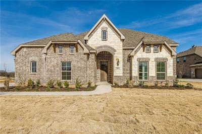 Burleson Single Family Home For Sale: 505 Sandia Park Drive