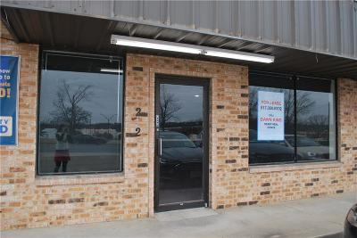 Weatherford Commercial Lease For Lease: 202 Santa Fe Drive #208