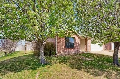 Fort Worth Single Family Home For Sale: 1701 Wind Dancer Trail
