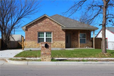 Fort Worth Single Family Home For Sale: 1109 E Devitt