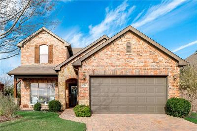 Fort Worth Single Family Home For Sale: 8784 Regal Royale Drive