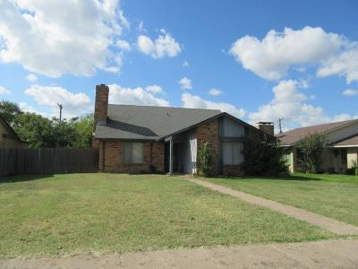 Garland Single Family Home For Sale: 5521 Excalibur Drive