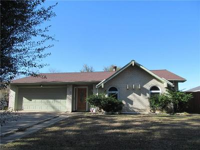 Grand Prairie Single Family Home Active Option Contract: 310 Clearwood Drive