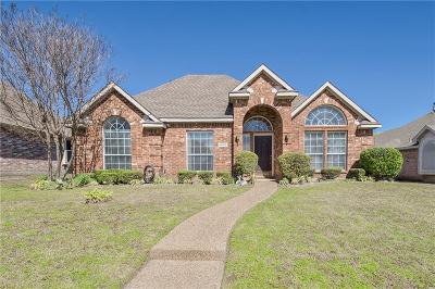 Dallas County, Denton County, Collin County, Cooke County, Grayson County, Jack County, Johnson County, Palo Pinto County, Parker County, Tarrant County, Wise County Single Family Home For Sale: 10700 Red Cedar Drive