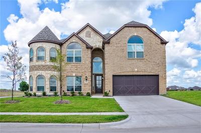 Forney Single Family Home For Sale: 1104 Chickadee Drive