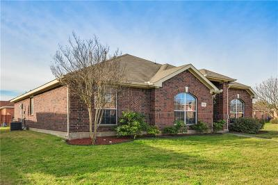 Desoto Single Family Home For Sale: 1334 Wolf Creek