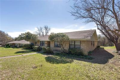 Grand Prairie Single Family Home For Sale: 1705 Roman Road